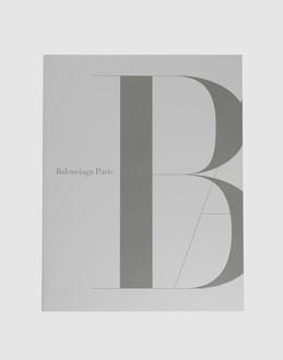 Robertson's Reads: Balenciaga Paris