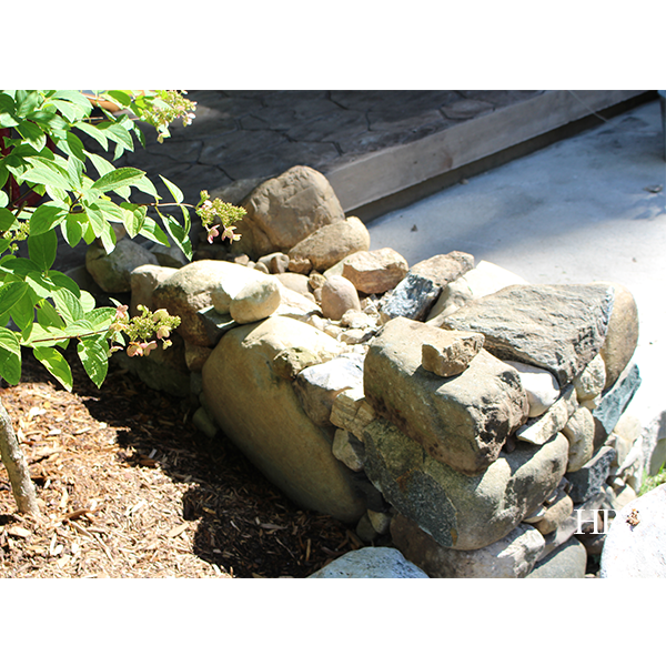 Hope's how-to: Build your own dry lay stone bench